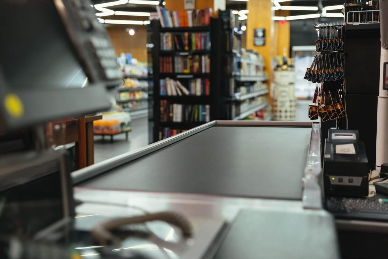 effect of coronavirus on retailer and customer behavior