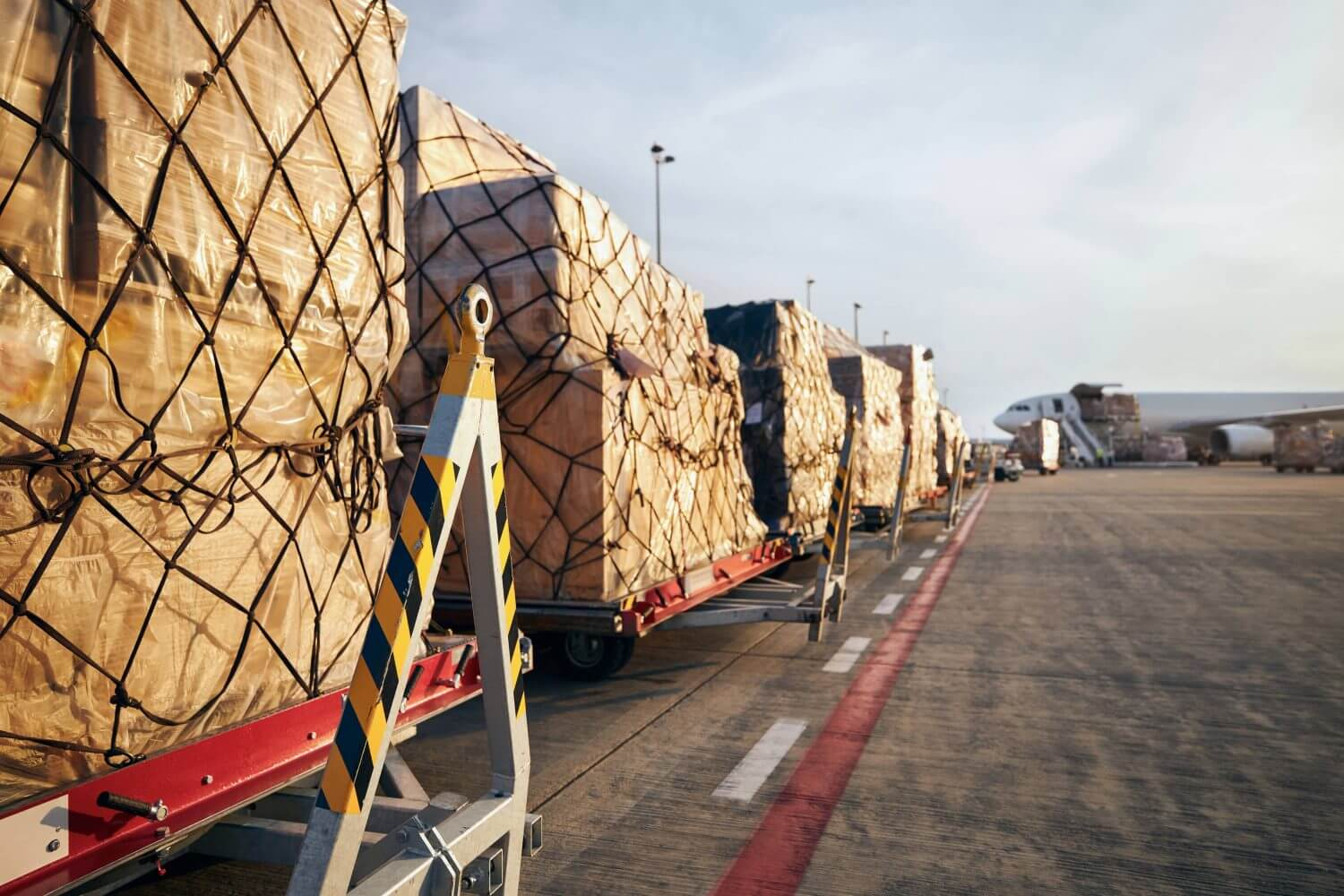 truck delivery to export goods